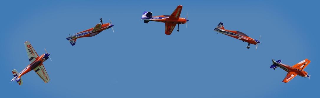 aircraft-1410627_1920.jpg